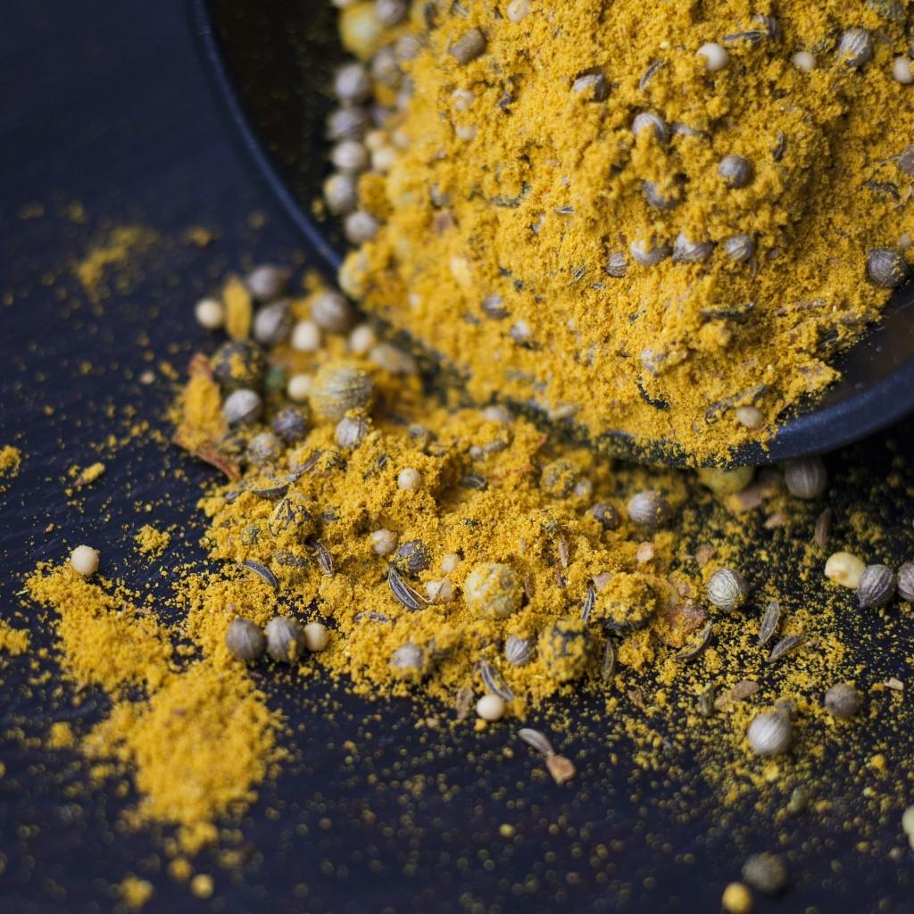 Saldā karija pulveris